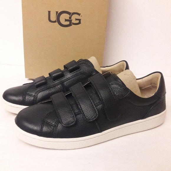 97bdd9ed931 New UGG Leather Sneakers Size 9